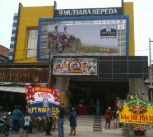 Mutiara Sepeda, Pasar Turi